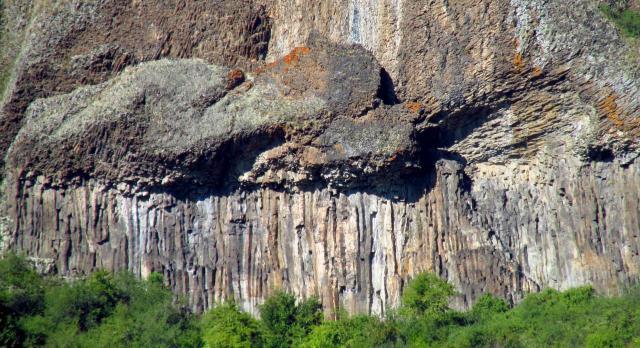 Orgues basaltique vue de près